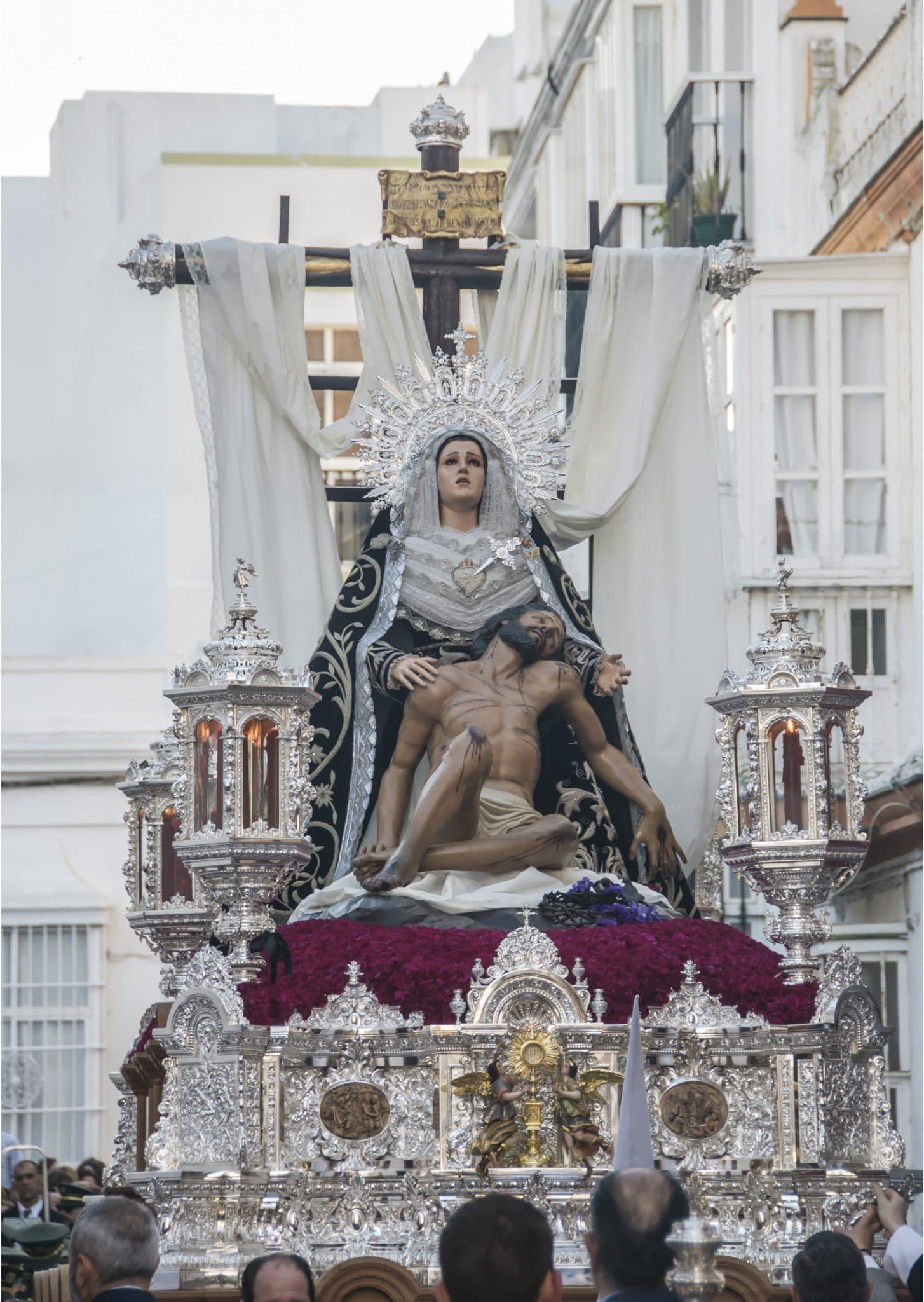 Semana Santa en San Fernando - Caridad