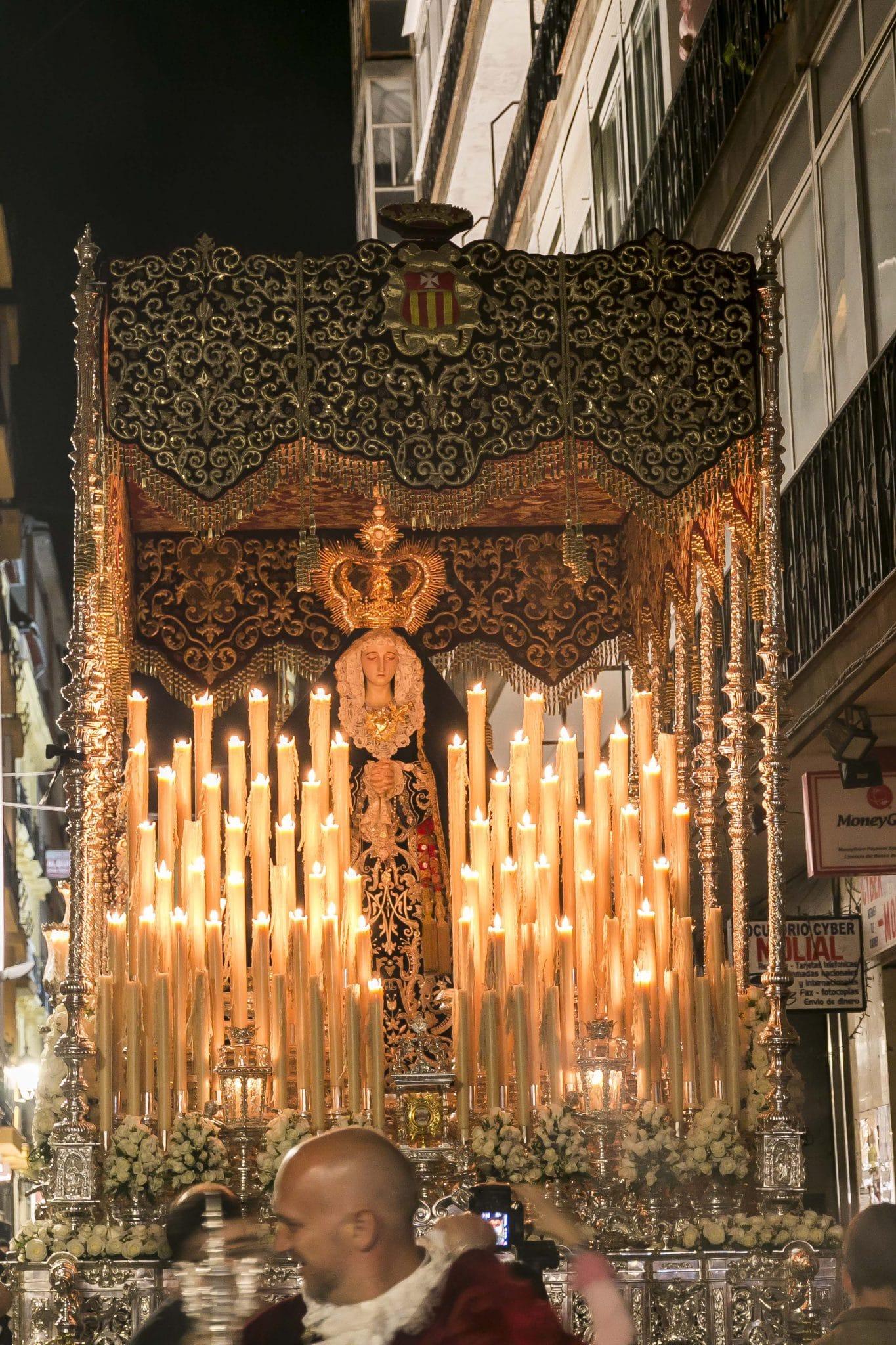 Semana Santa en Granada - Nazareno