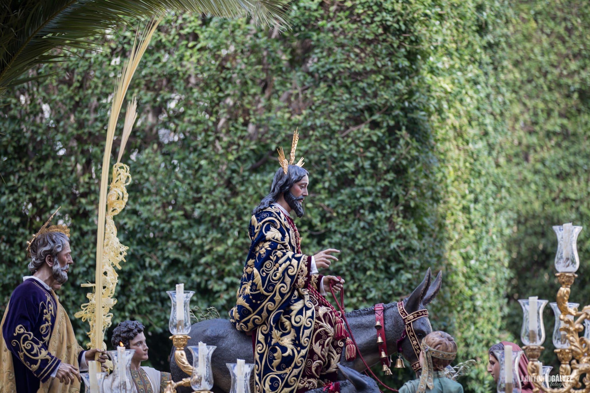 Semana Santa en Sevilla - Borriquita
