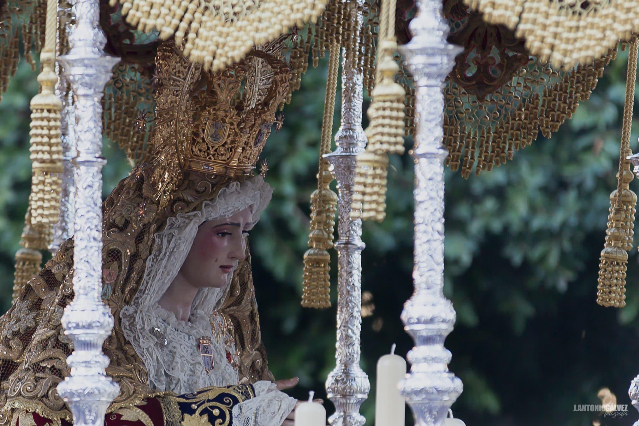 Semana Santa en Sevilla - Santa Genoveva