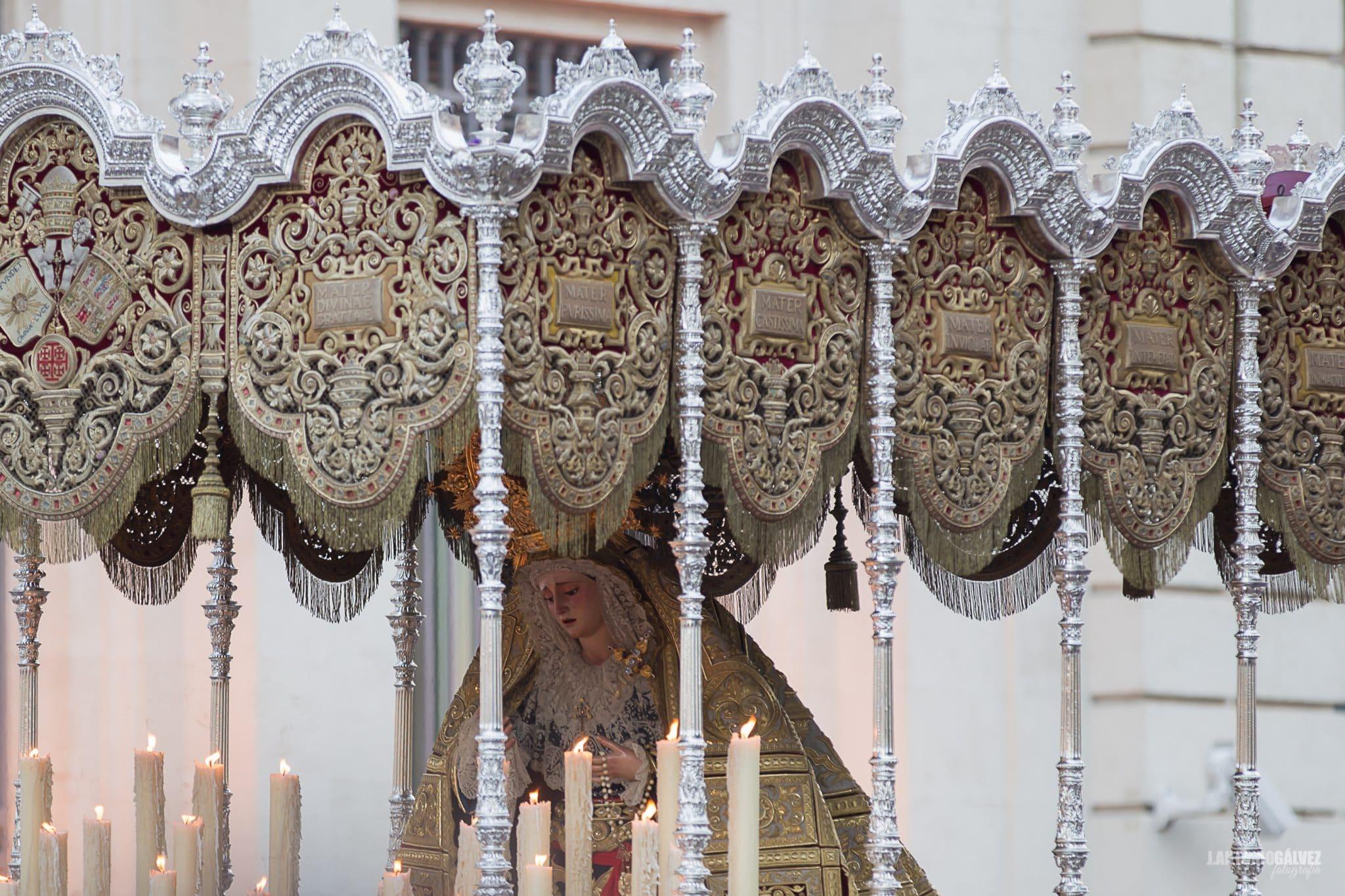 Semana Santa en Sevilla - Los Estudiantes
