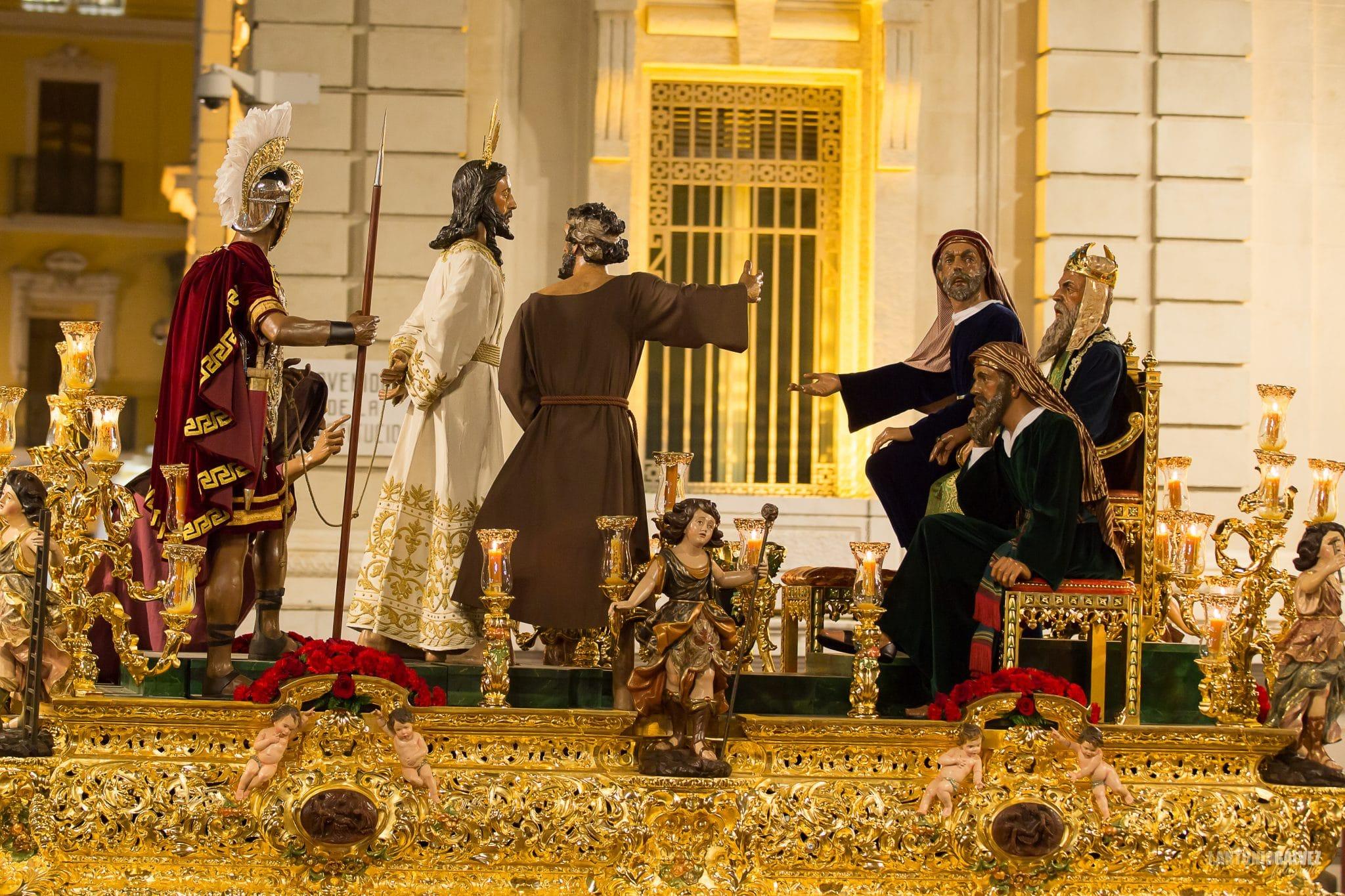 Semana Santa en Sevilla - El Dulce Nombre