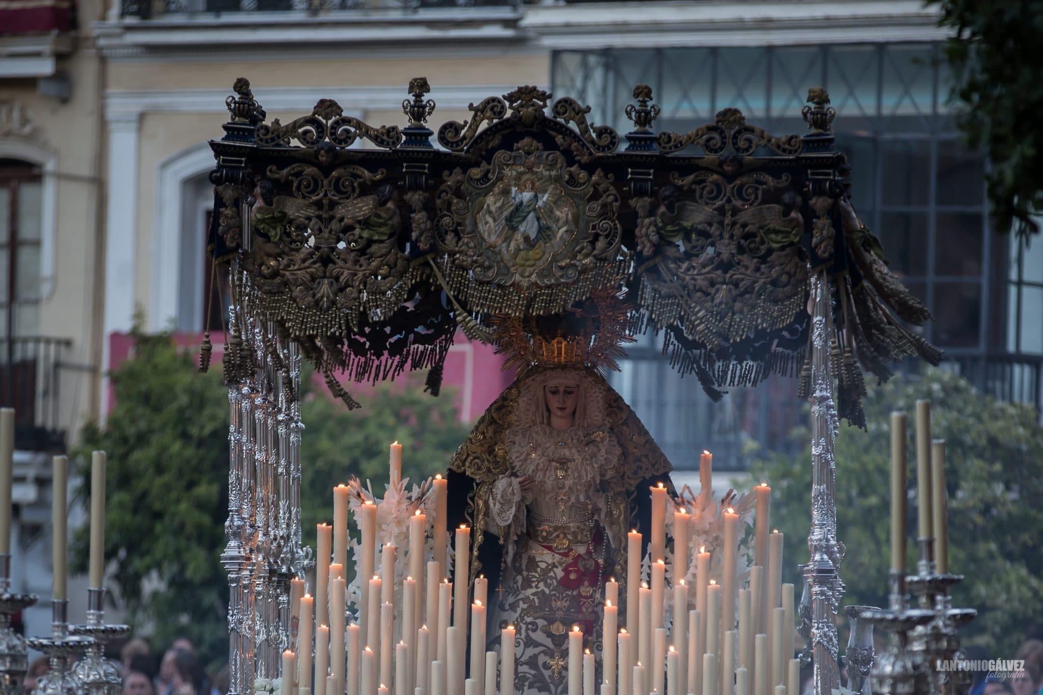 Semana Santa en Sevilla - El Buen Fin