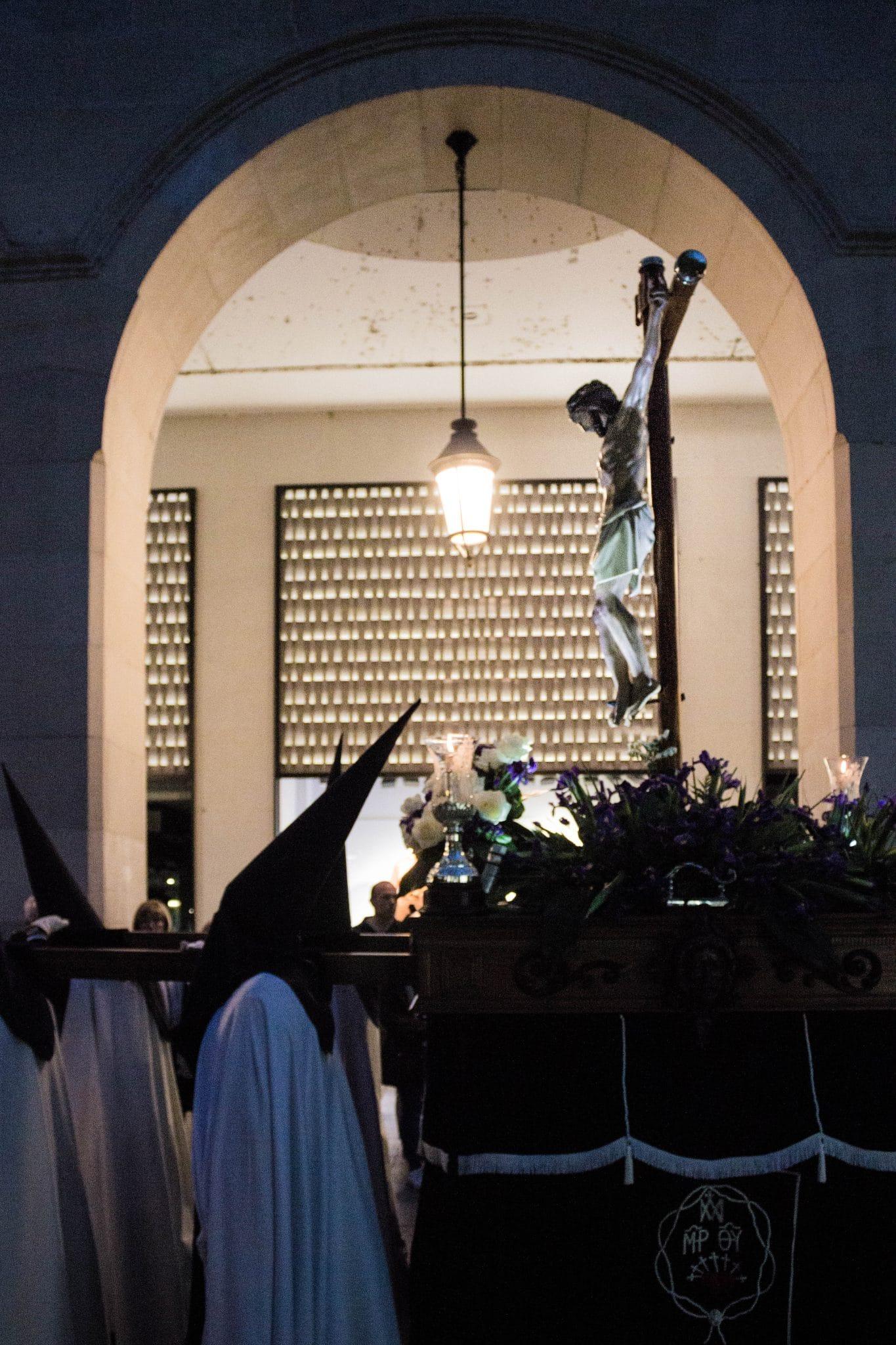 Semana Santa en Zaragoza - Procesión Dolor Madre de Dios Prendimiento
