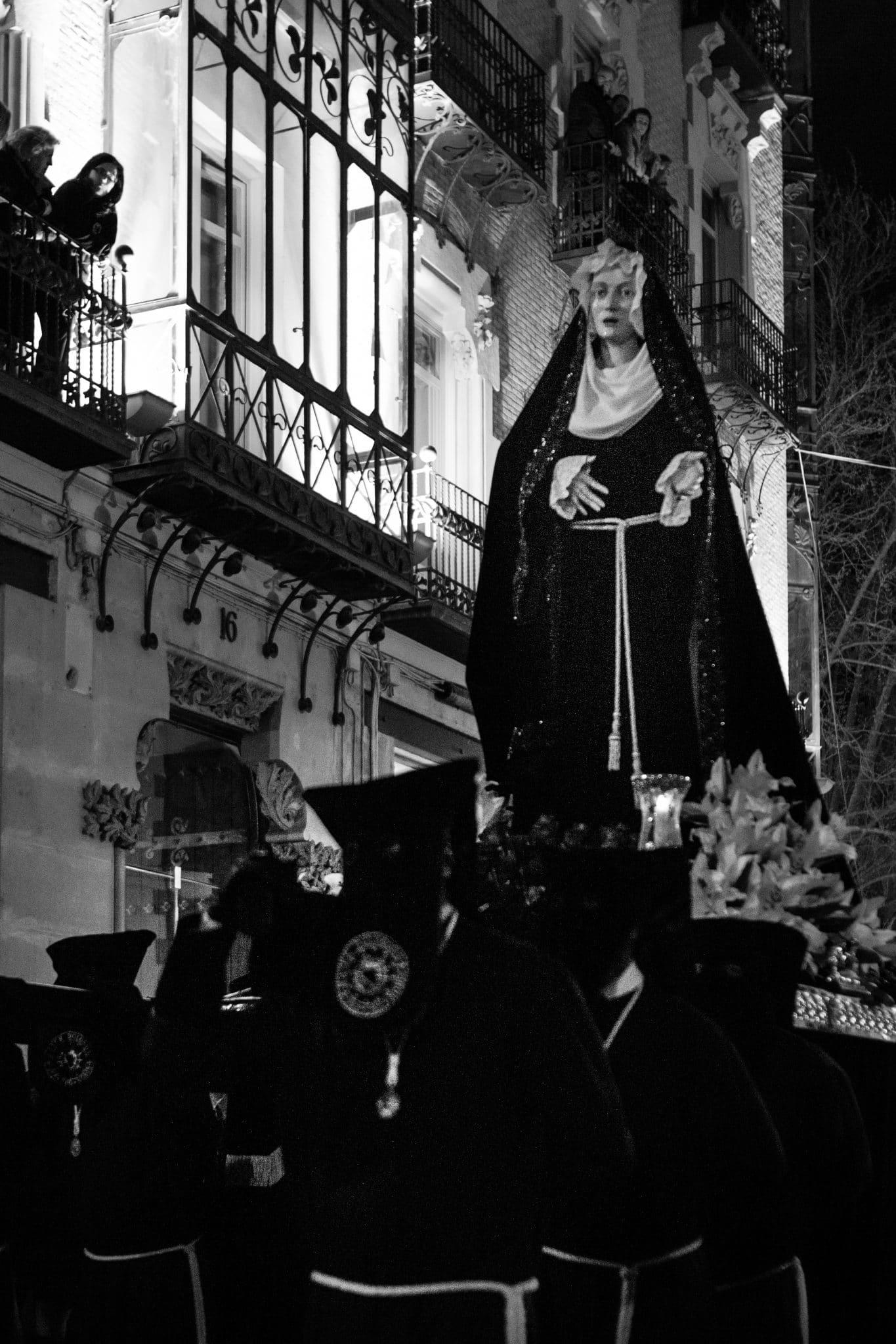 Semana Santa en Zaragoza - Procesión de la Soledad Dolorosa