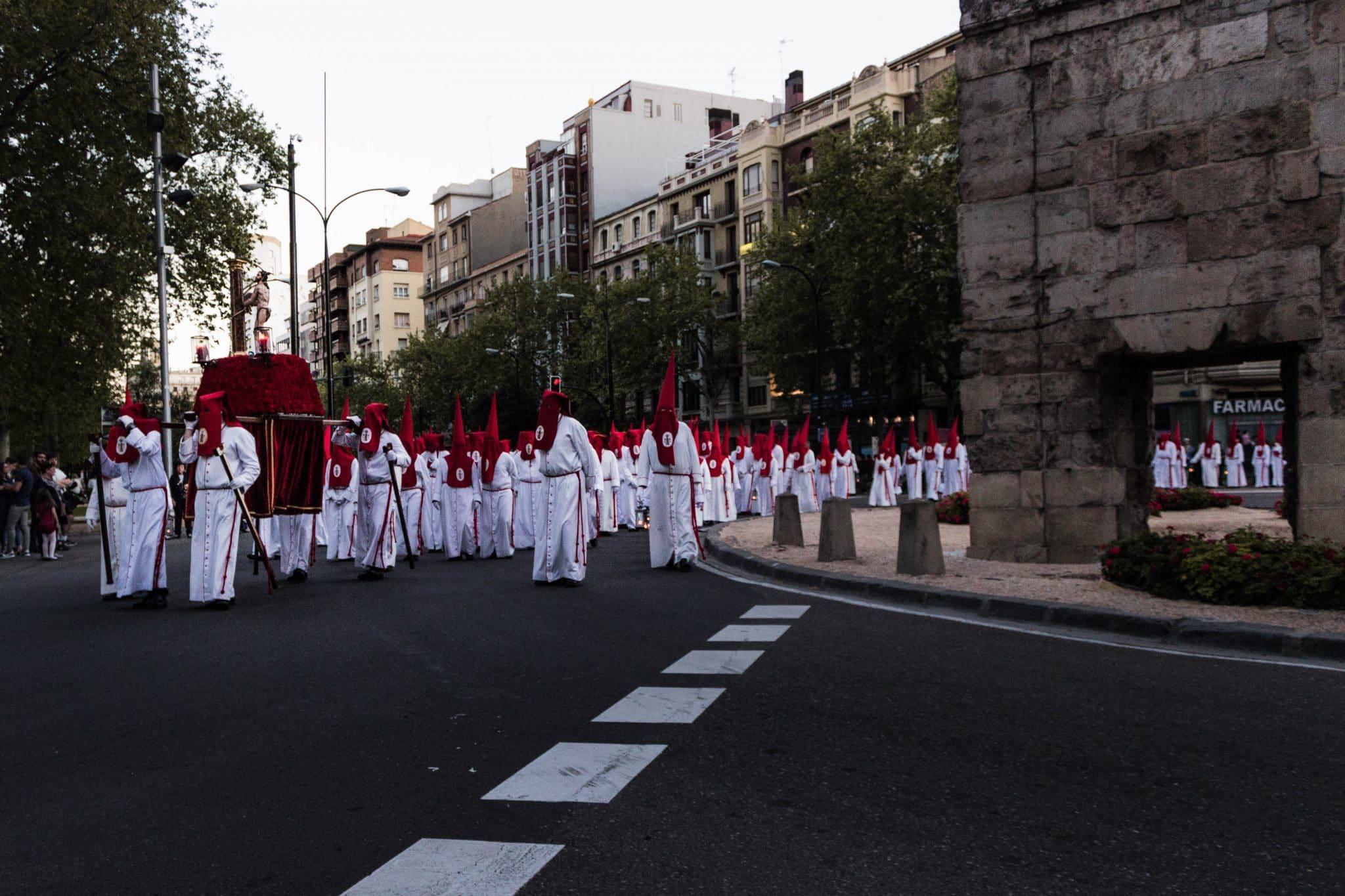 Semana Santa en Zaragoza - Procesión traslado Columna