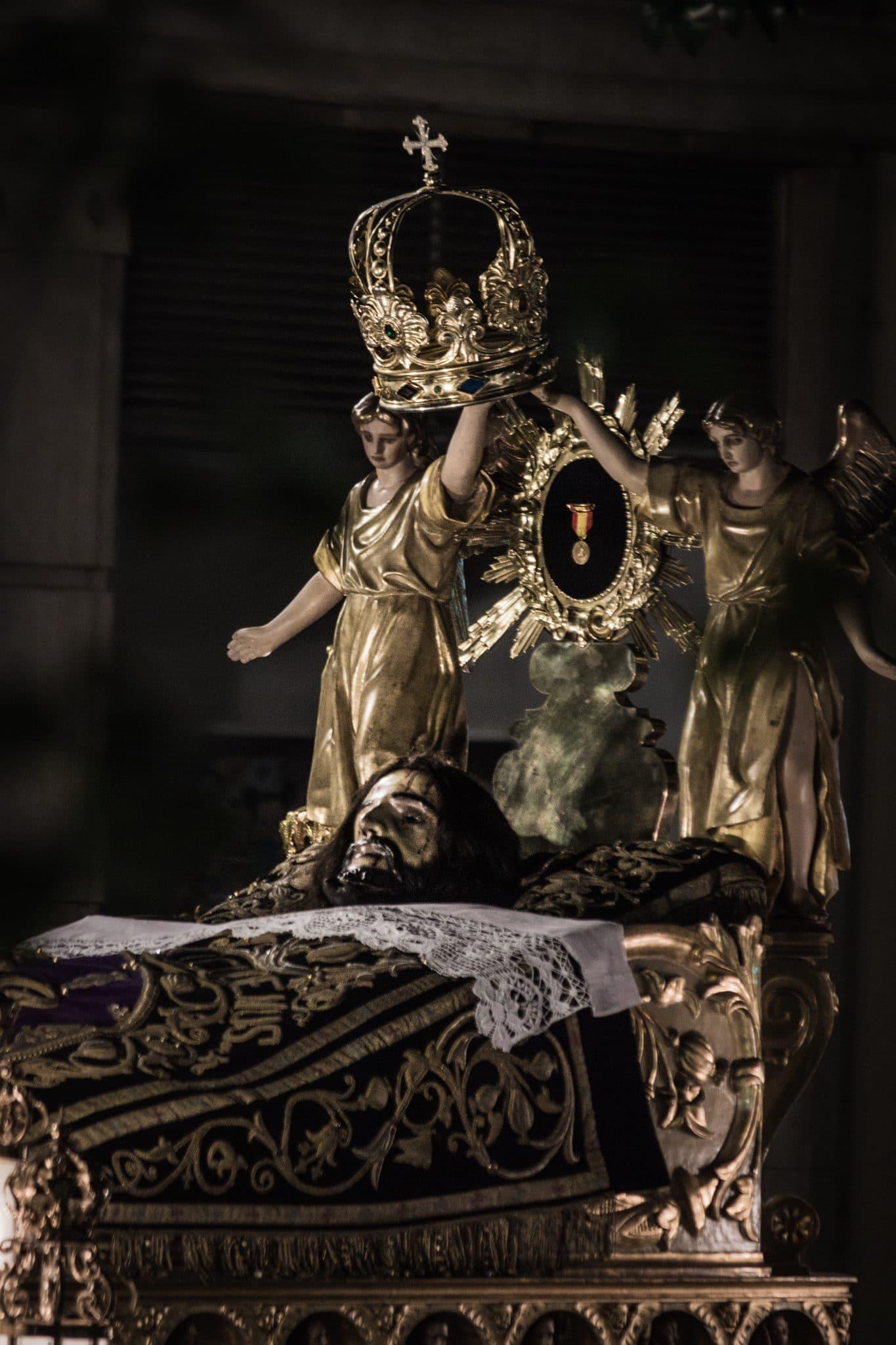 Semana Santa en Zaragoza - Santo Entierro Sangre de Cristo