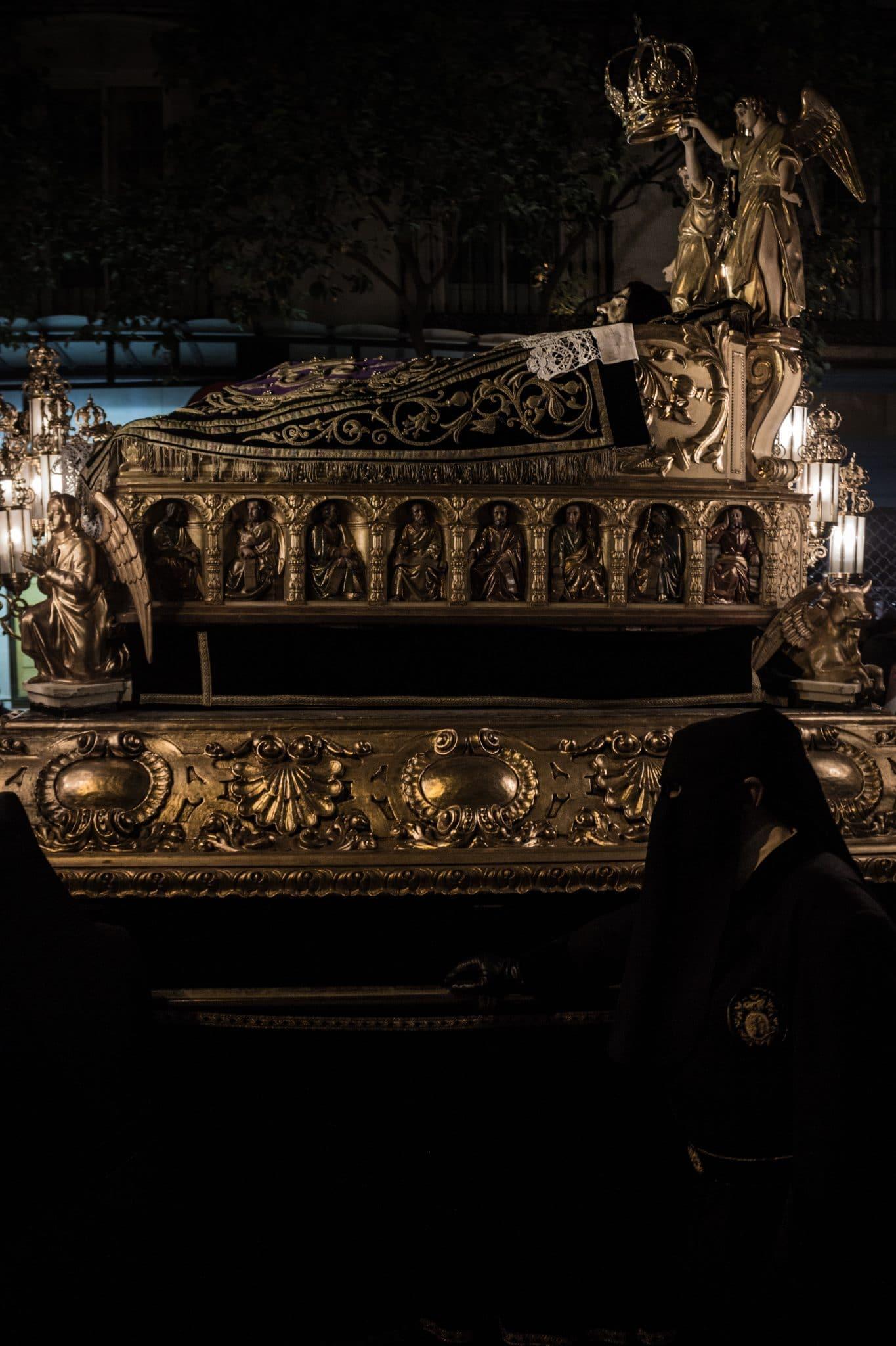 Muy Ilustre, Antiquísima y Real Hermandad de la Preciosísima Sangre de Nuestro Señor Jesucristo y Madre de Dios de Misericordia (Zaragoza) 1