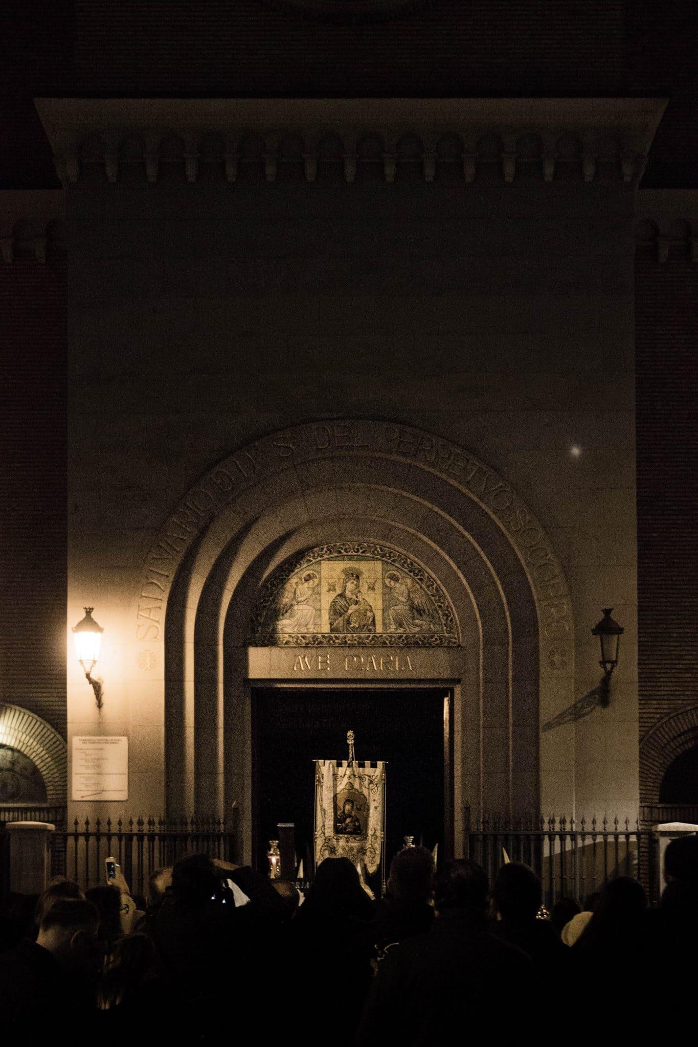 Semana Santa en Zaragoza - Via Crucis Eucaristía