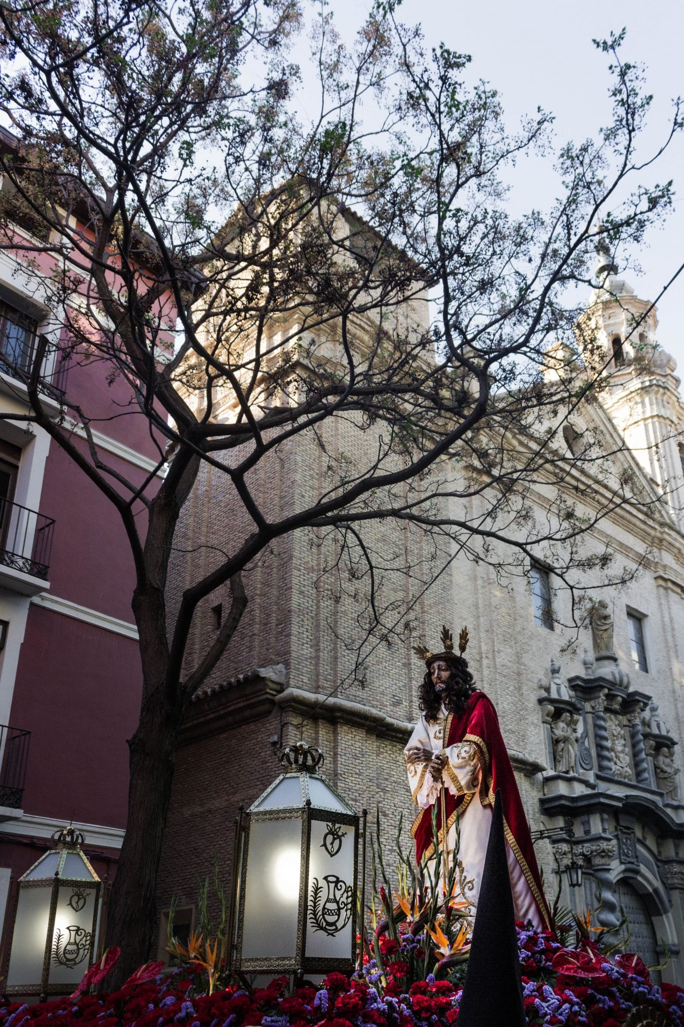 Semana Santa en Zaragoza - Via Crucis Humillación