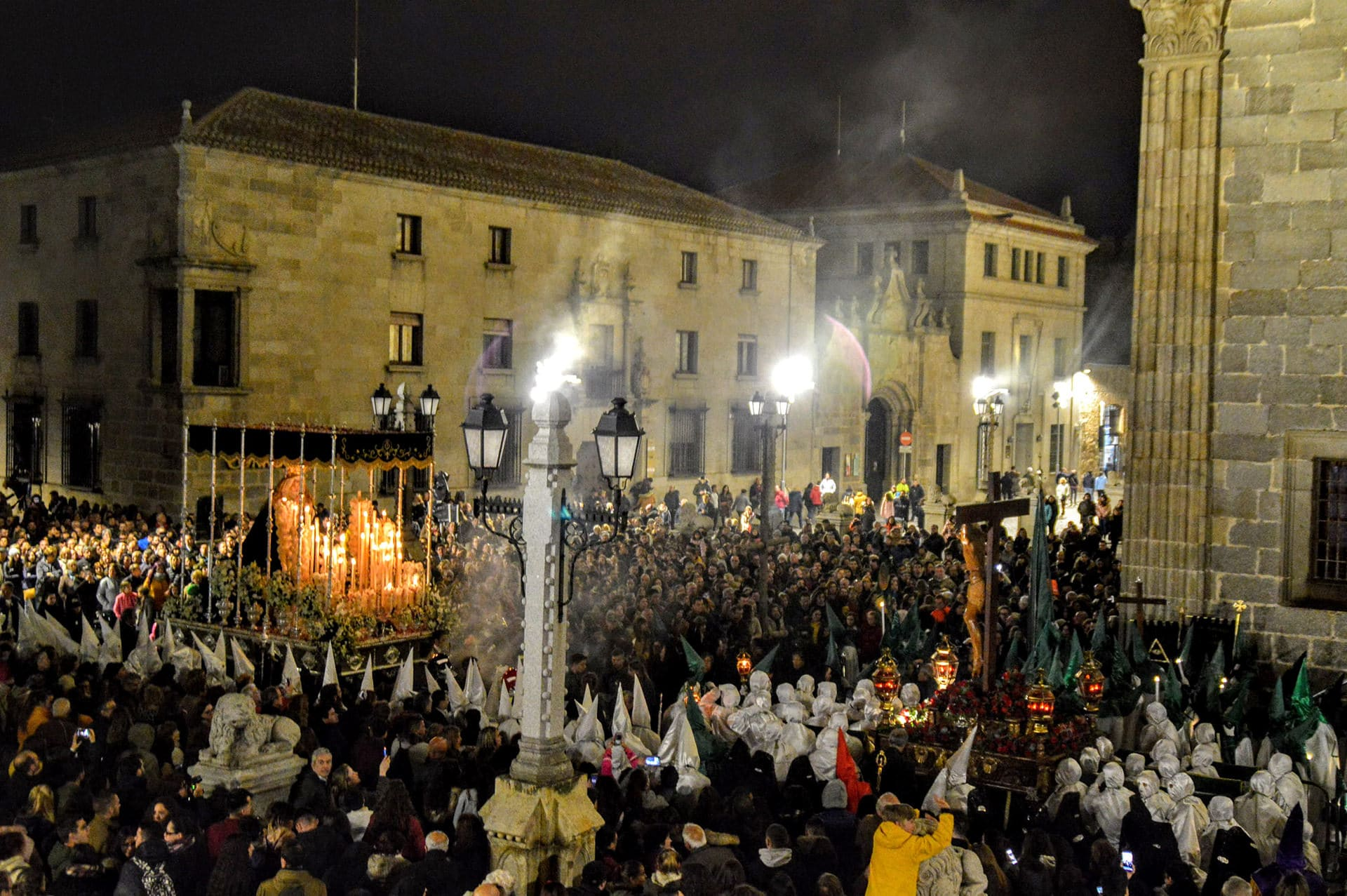El Encuentro, Ávila2