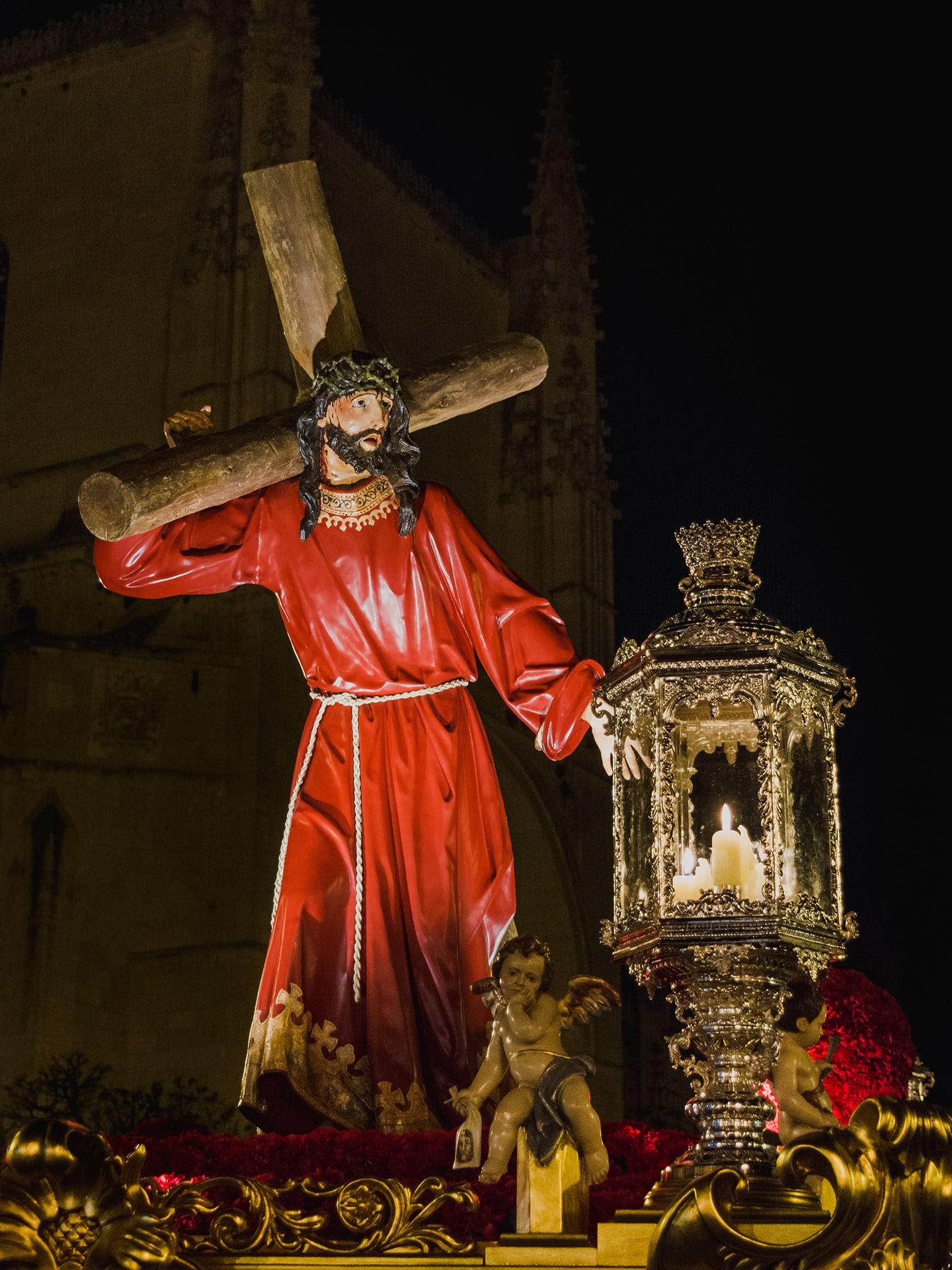 Jesus con la cruz a cuestas, ADEMAR, jueves santo, Segovia (Manu Rodrigo)