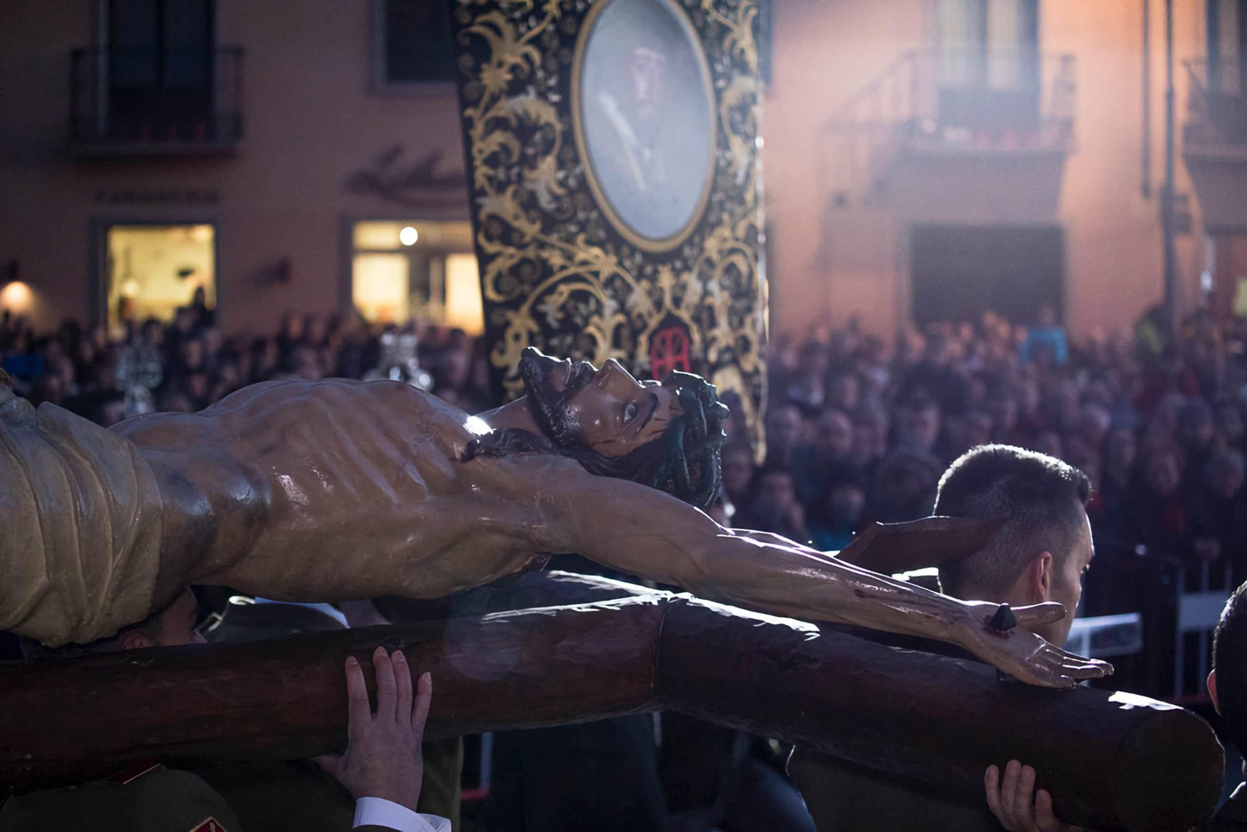 Traslado al castillo y entonación del Cristo de la Esperanza, Ponferrada 3