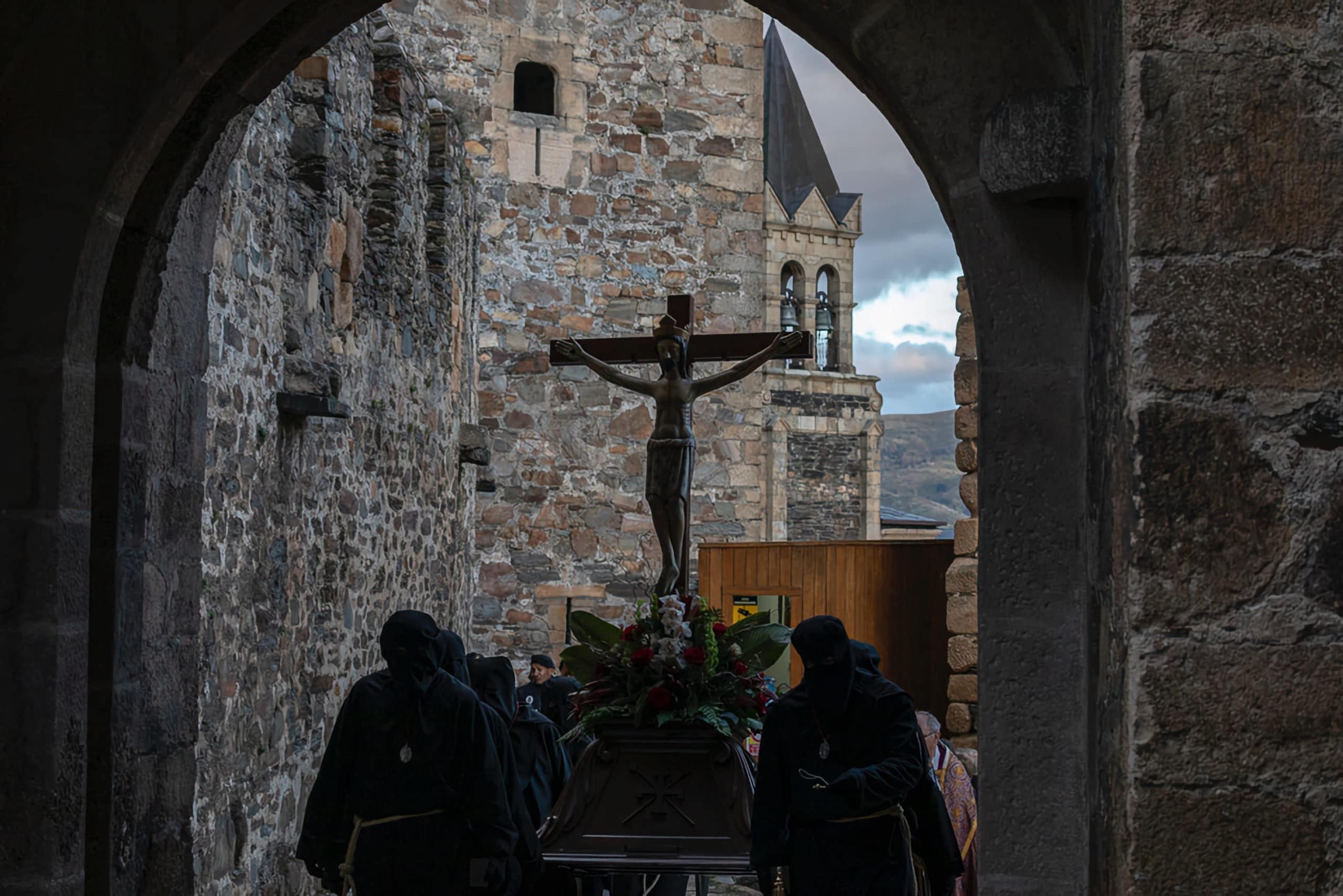 Viacrucis penitencial en el castillo, Ponferrada 4