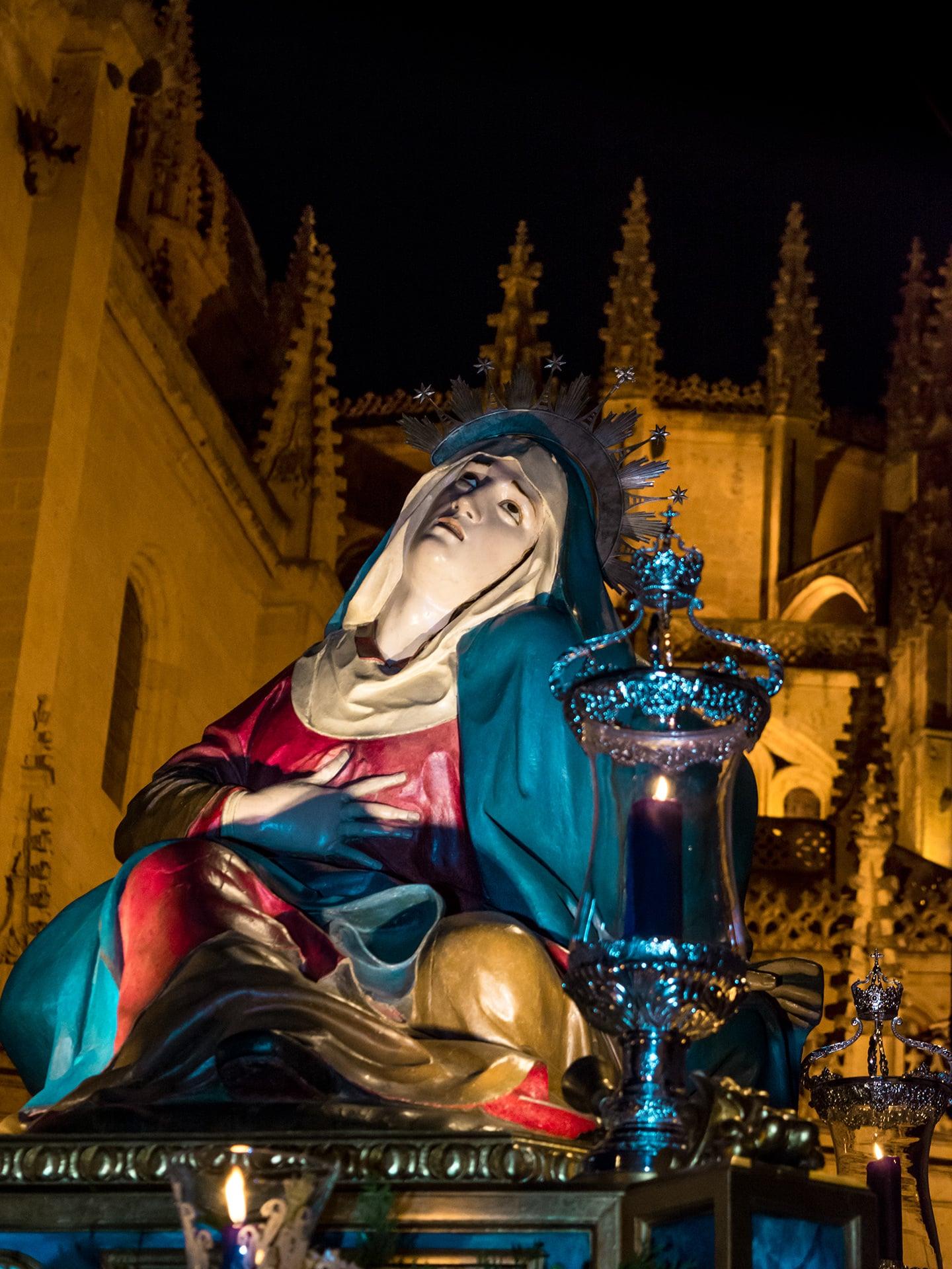 Virgen de las angustias, ADEMAR, viernes de colores, Segovia (Manu Rodrigo)