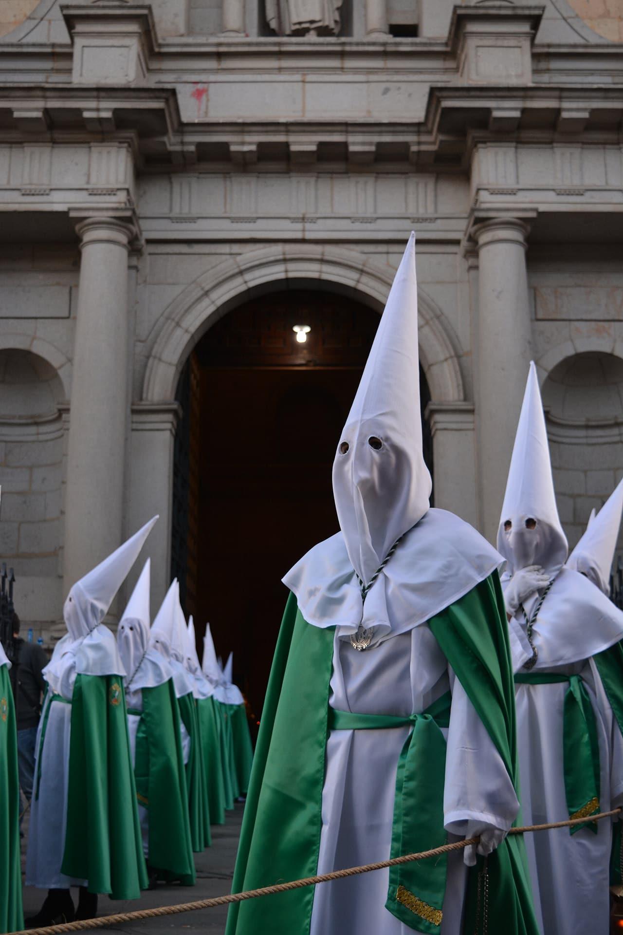 nazarenos de la oracion en el huerto, san lorenzo, viernes santo, Segovia (Manu Rodrigo)